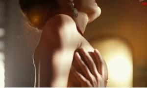Виктория Полторак  с голой грудью в сцене секса