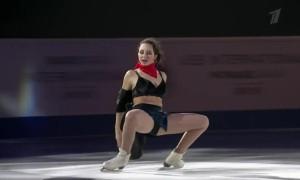 Елизавета Туктамышева в нижнем белье