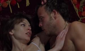 В постели с Милла Йовович