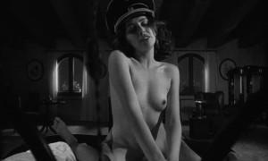 Откровенная сцена с Лоредана Канната