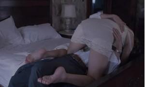Откровенная сцена с Кейт Хадсон