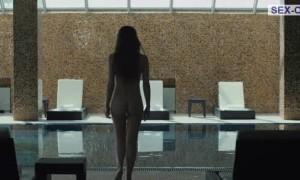 Ирина Виноградова полностью голая купается