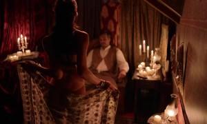 Mira Amaidas исполняет приватный танец