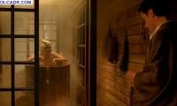 Голая Эмилия Спивак в бане