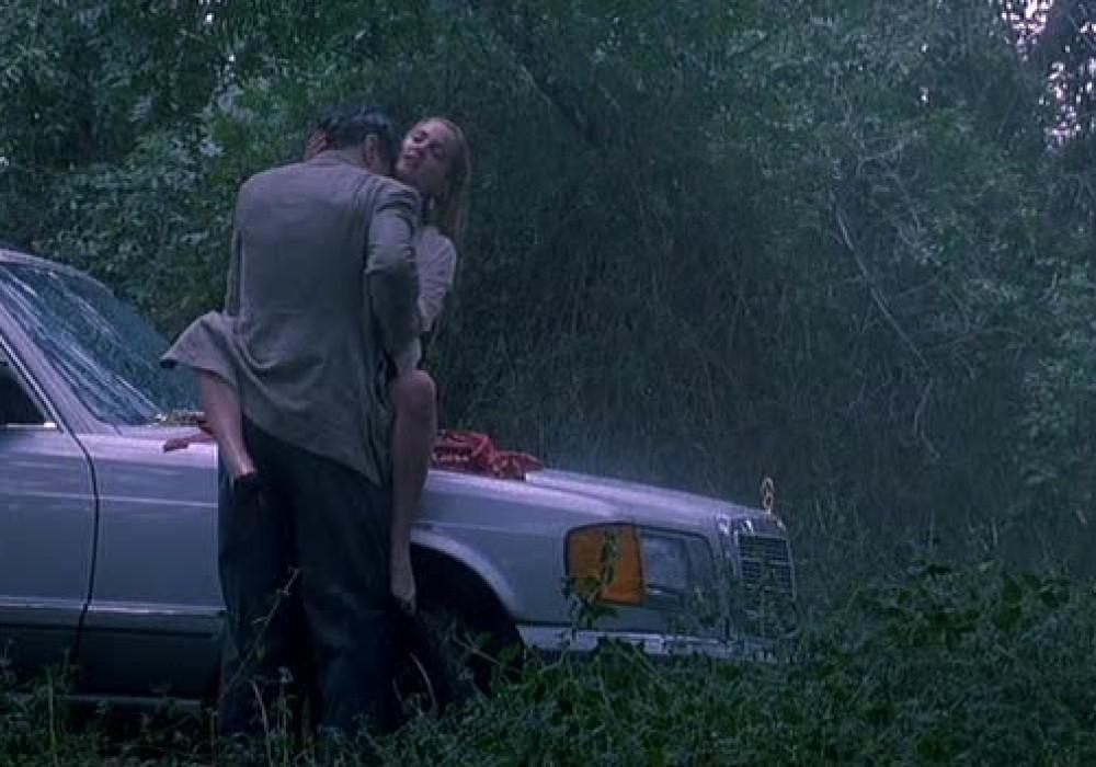 Секс на капоте из фильма