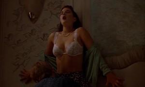 Сексуальная сцена с Дрю Бэрримор