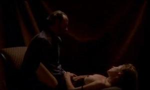 Сцена секса на диване с Тара Эллисон