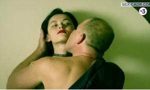 Секс с Тинатин Далакишвили  на рояле